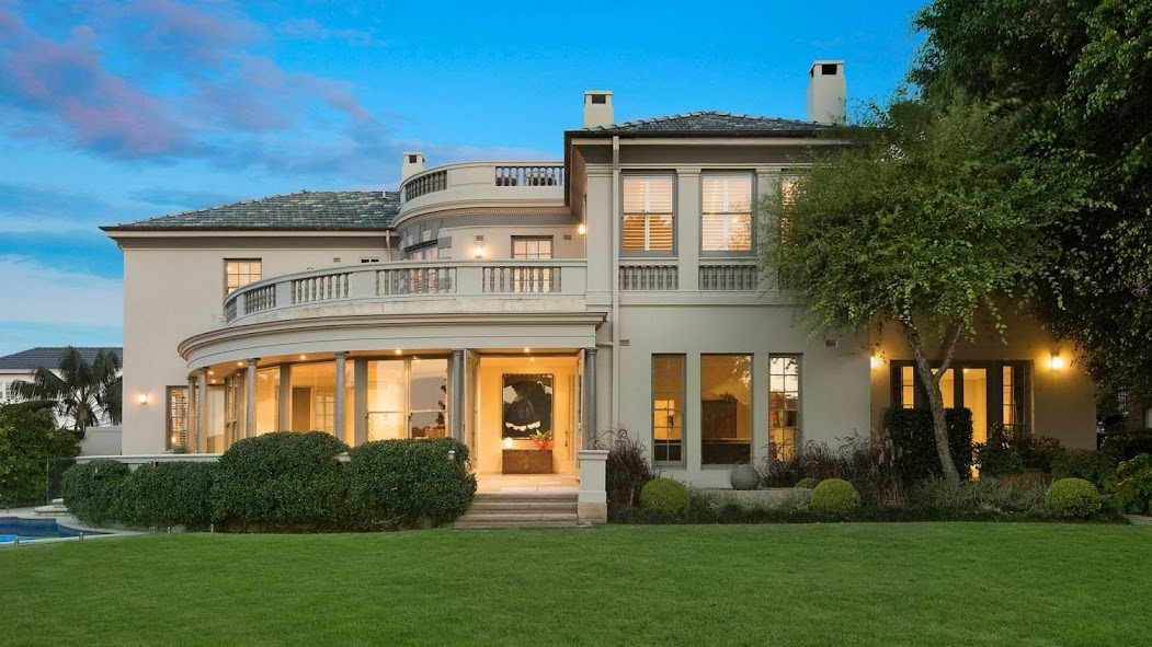 Scott Malcolm and Jane Taylor have sold their F. Glynn Gilling-designed home, Carmel.