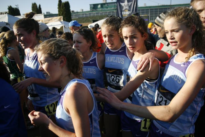 manlius girls Under clear skies and in front of a cheering crowd, fayetteville–manlius high school's girls and boys squads, allie ostrander and tanner anderson delivered finishes to win the national team .