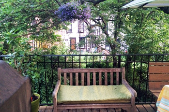 brooklyn vacation rentals balcony