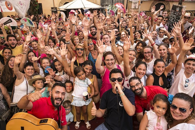 El ambigú de La Voz fue el centro de la Feria del Mediodía.
