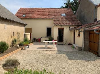 maison à Lugny-Champagne (18)