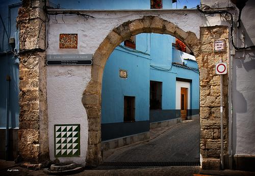 http://static3.absolutvalencia.com/wp-content/uploads/2011/12/juderia-sagunto.jpg