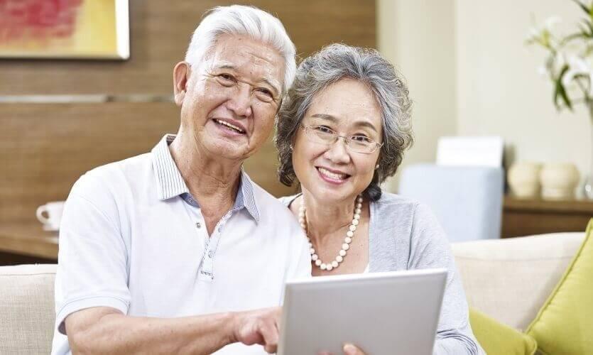 """อายุ (เยอะ)ไม่ใช่อุปสรรคของคนวัย Aging หรือ ผู้สูงอายุ รับมือ """"ผู้สูงอายุ"""" อย่างไรให้สบายใจทั้งสองฝ่าย"""