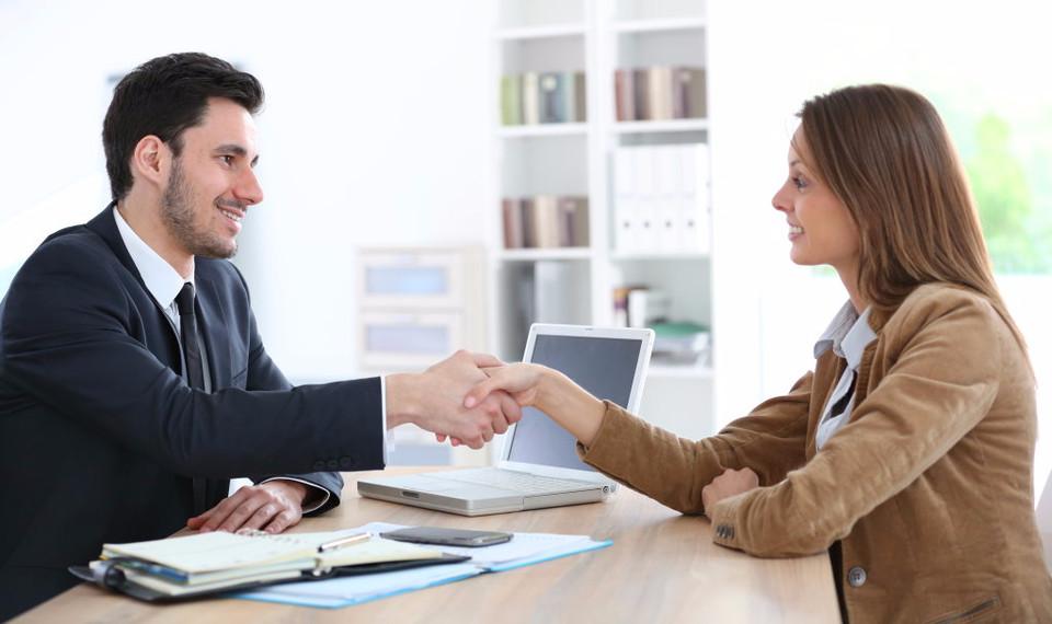 choisir associé entreprise