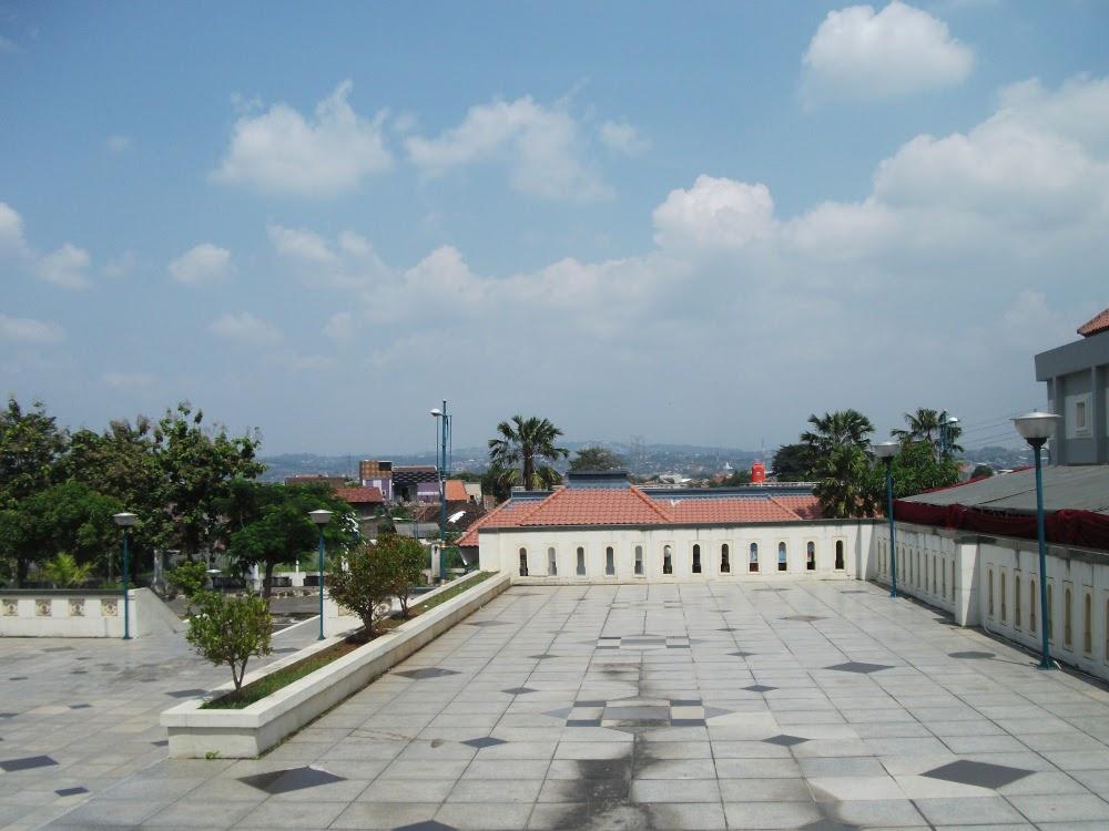 Tour of Religion in Semarang