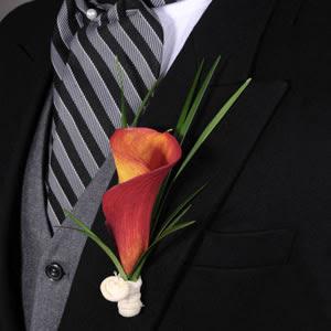 Photo: Mini Calla Groom Boutoniere http://bit.ly/QDFT7M