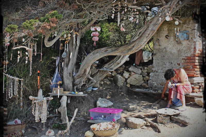 Luogo di lavoro alternativo in Sardegna di giulia_zion_irie