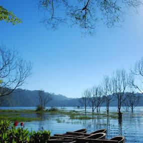 Tamblingan Lake Bali by Yande Ardana - Landscapes Travel ( bali, bali lake, tamblingan )