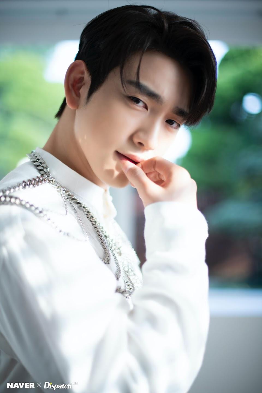 jinyoungwhite_2b