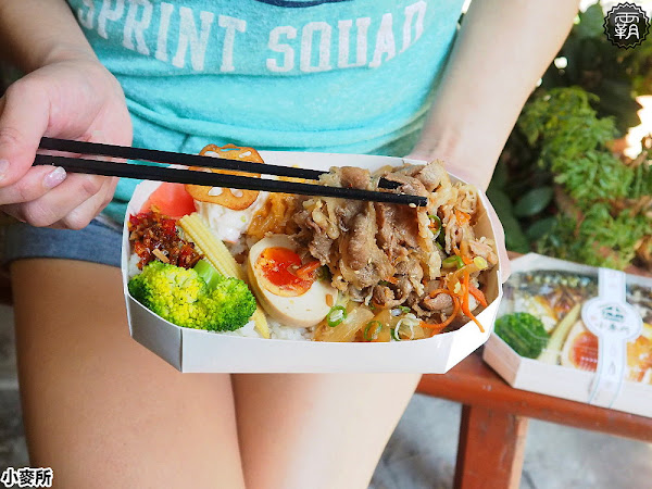小麥所文青日食,搖身一變成平價日式食堂,小確幸午間定食也能外帶成日式餐盒!(台中便當/台中日式餐盒/試吃)