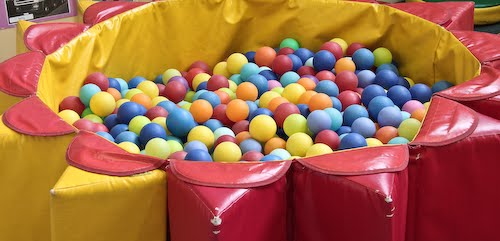 play pin with colourful balls