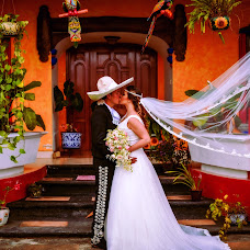 Wedding photographer Angel Vazquez (vazquez). Photo of 12.05.2015