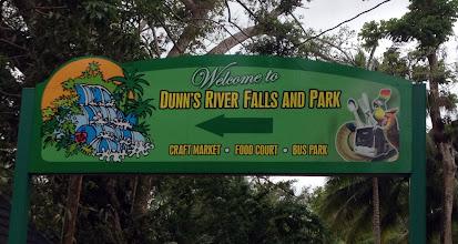 Photo: Dunns River -putouksille menossa, uimapuku ja vesitossut mukana