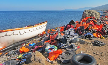 Flüchtlinge _Boot.jpg