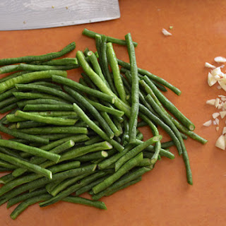 String Beans With Garlic & Hoisin Sauce