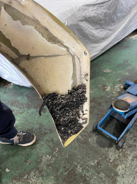S660 JW5のオーバーフェンダー,サーキット走行,タイヤカス,掃除に関するカスタム&メンテナンスの投稿画像2枚目