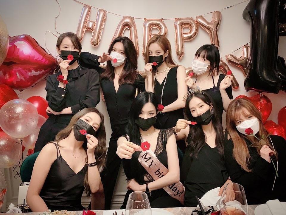 girls generation 13th anniv 1