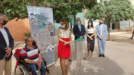 Maribel Sánchez durante la presentación del V reto ciclista solidario del Banco de Libros de Tíjola.