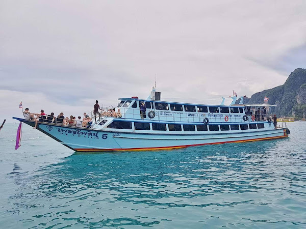 Travel from Koh Mook to Koh Ngai by Express Boat