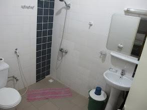 Photo: Sn4HR0215-160202Dakar, Pouponnière, chambre, salle d'eau, douche à l'italienne IMG_0053