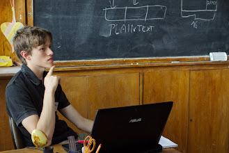 Photo: Michał Kowalczyk, Mateusz Pstruś - Ataki na implementacje szyfrów symetrycznych