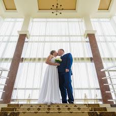 Wedding photographer Olga Kirs (SnakeULTIMATE). Photo of 19.09.2017