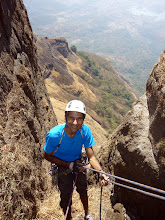 Photo: Sunny Jamshedji leaning back into the nice view of the gash within Chanderi. It was getting pretty hot!