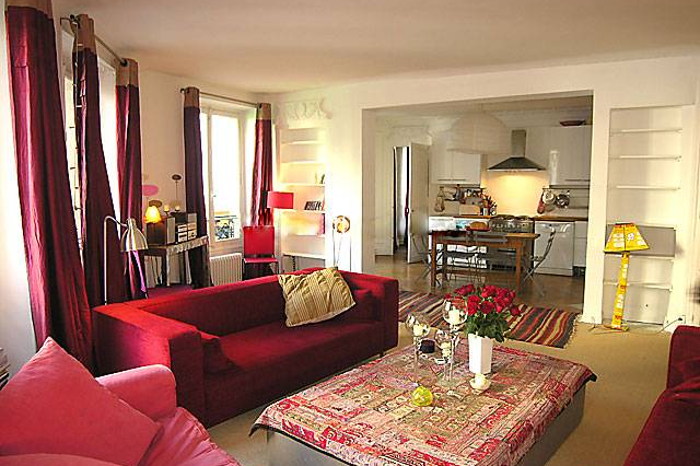 3 bedroom Apartment Rue Du Cherche Midi, St Germain living room
