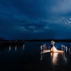 Wedding photographer Konstantin Surikov (KoiS). Photo of 13.08.2018