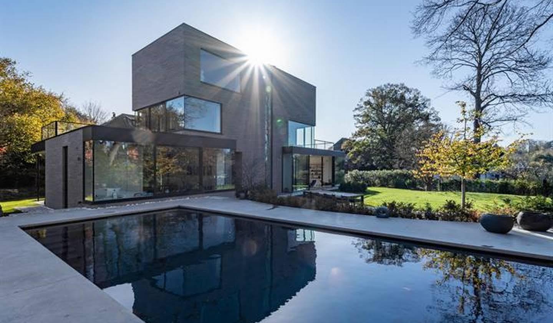 Maison avec piscine et terrasse Uccle