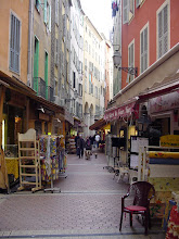 Photo: Now in the hearty of the old city, La Vielle Ville, with shops and restaurants crowding the narrow, twisting lanes.