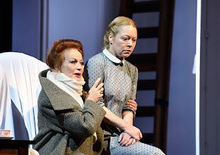 Photo: Wien/  Theater in der Josefstadt: AM ZIEL von Thomas Bernhard. Premiere am 12.3.2015.  Andrea Jonasson, Therese Lohner. Foto: Barbara Zeininger.