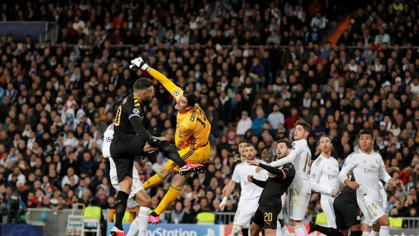 Courtois no pudo evitar la derrota del Real Madrid.