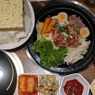 劉震川日韓大食館