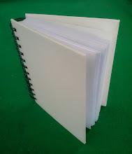 Photo: Mini Agenda ou caderno de anotações com espiral.