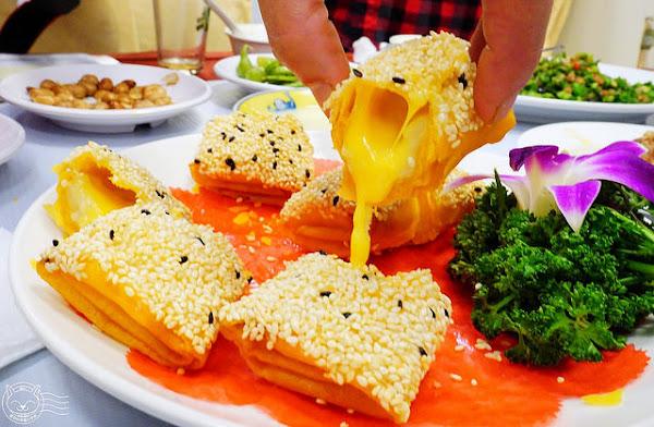 小江南餐廳 道道好食無雷點中菜館,經濟實惠家常菜/宴席菜任選,臭豆腐、香根乾絲、炸銀絲捲必點!