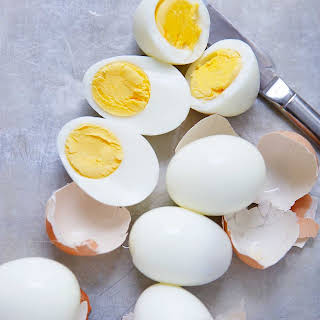 Instant Pot Hard Boiled Eggs (And Easy Deviled Eggs!).