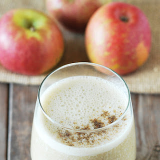 Apple Cardamom Smoothie.