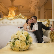Wedding photographer Anna Piryanik (kvito4ka22). Photo of 02.03.2014