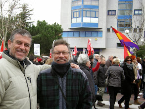 Photo: Con Justo en la manifestación contra  la privatización de la Sanidad Pública  (Rivas-Vaciamadrid, Covibar, 27 de enero de 2013)