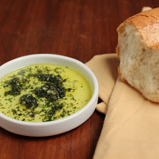 Fresh Garlic and Herb Dipping Oil