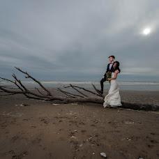 Wedding photographer Edit Surpickaja (Edit). Photo of 16.04.2019