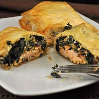 Phyllo Dough Salmon With Spinach Recipes