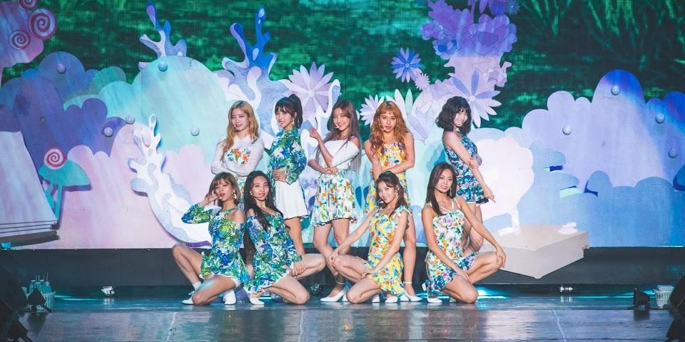 korean music festival 2018 twice