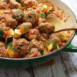 Spanish Meatballs (Albondigas) with Pintos, Zucchini and Tomato.
