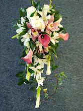 Photo: [B17] Bouquet, Cascade Spring Mix