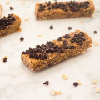 No Bake Peanut Butter Chocolate Chip Energy Bars.