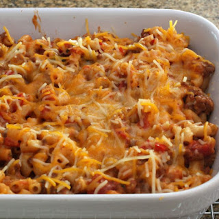 Easy Skillet Chili Mac With Cheese.