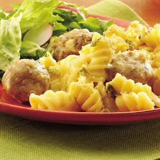 Macaroni and Cheese Casserole with Meatballs Recipe