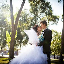 Wedding photographer Kristina Tolstikova (KroXa). Photo of 21.08.2013
